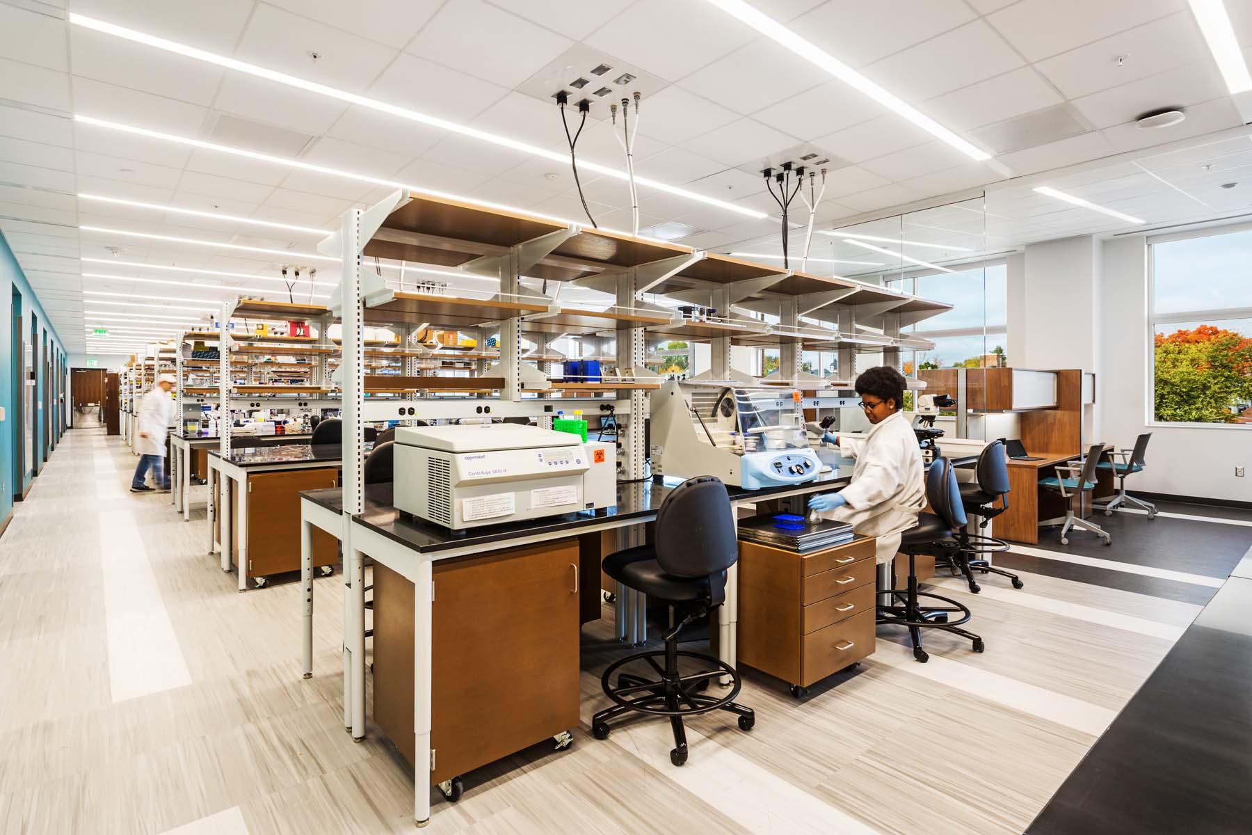 UT Mossman Science Lab